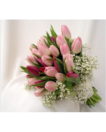 Pink tulip bouquet in saratoga springs ny dehns flowers pink tulip bouquet mightylinksfo