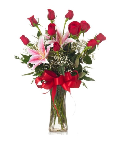 Buds and Blooms Dozen Roses with Stargazer