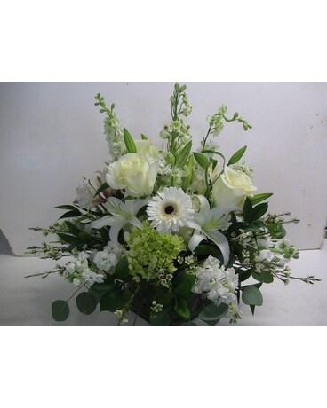 All white arrangement in cube in blue bell pa country flower shoppe all white arrangement in cube mightylinksfo