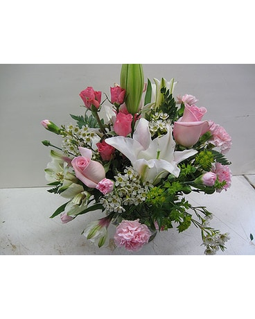 Mixed Pink Roses, Lilys, Other Pink Flowers