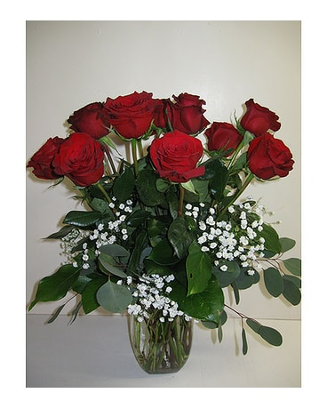 Standard 12 red roses
