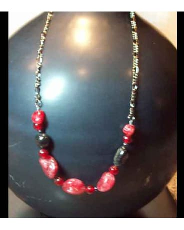 Red Crackle Glass Necklace