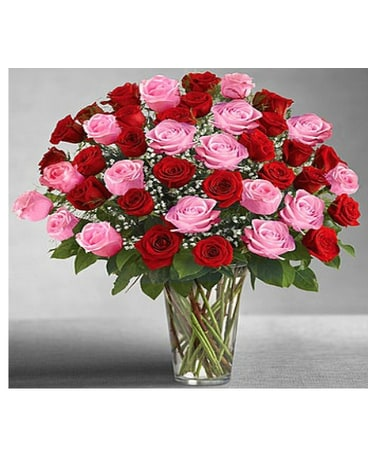 Utimate Elegance Long Stem Pink & Red Roses BQT
