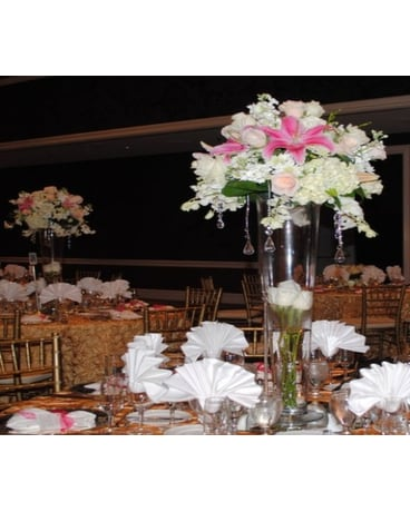 Flowers For The Wedding Reception Delivery Campbell Ca Jeannettes