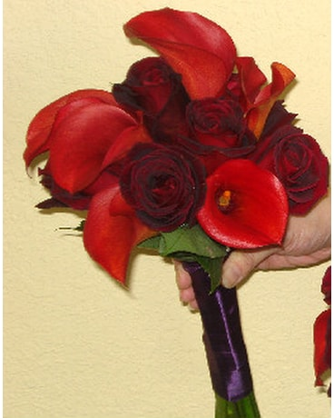 Hand Tied Bouquet Red Calla Lilies And Roses In Campbell Ca