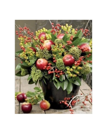 CHRISTMAS COUNTRY SIDE APPLE BOUQUET