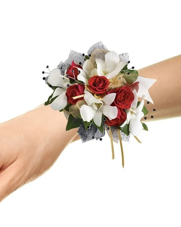 Corsages boutonnieres in bloom flowers gifts and more quick view star studded corsage mightylinksfo Image collections