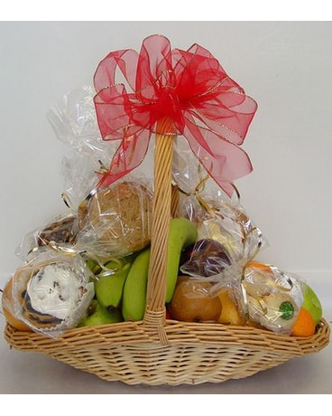 Trillium's Fruit and Pastry Basket