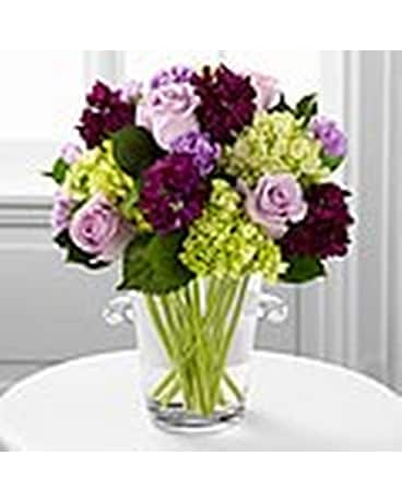Flowers in a Gift Delivery Waterford MI - Bella Florist and