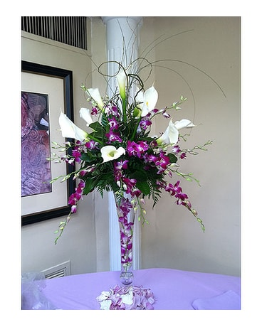 Purple Centerpiece In Staten Island Ny Sam Gregorio S Florist