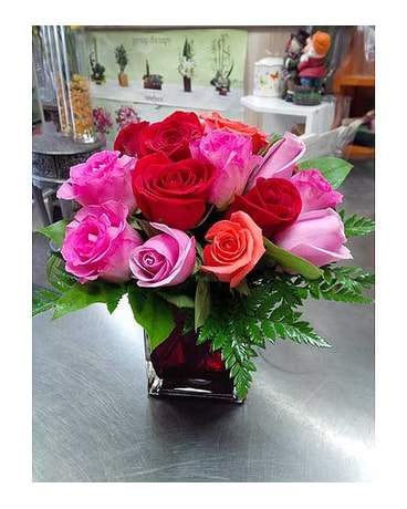 Mix Roses in Red Cube Vase