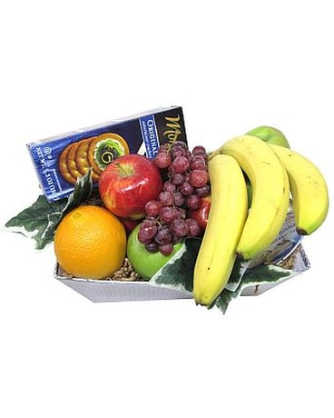 The Classic Fruit, Cheese & Crackers Basket