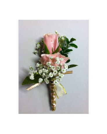 Regal boutonniere