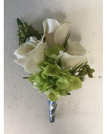 Roses Boutonniere