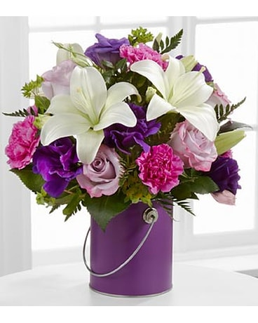 The FTD® Color Your Day With Beauty™ Bouquet - VAS