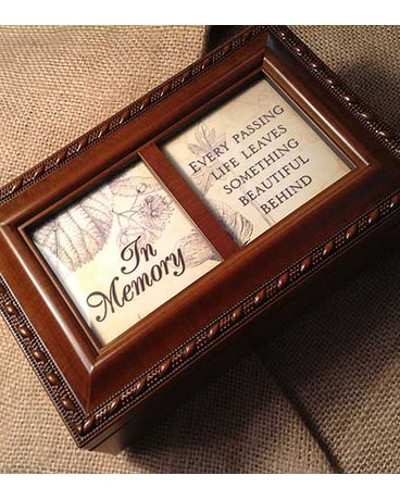 Cottage Garden Small Music Box: In Memory