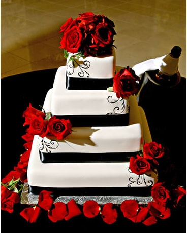 Cake With Red Rose Accents In Nashville Tn The Bellevue Florist