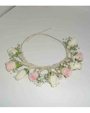 Flower-Girl-Half-Crown
