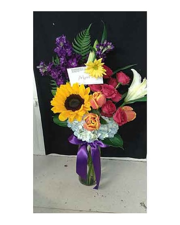 Weatherford florist flower delivery by remembrance flower shop everyday arrangments sun flowers mightylinksfo