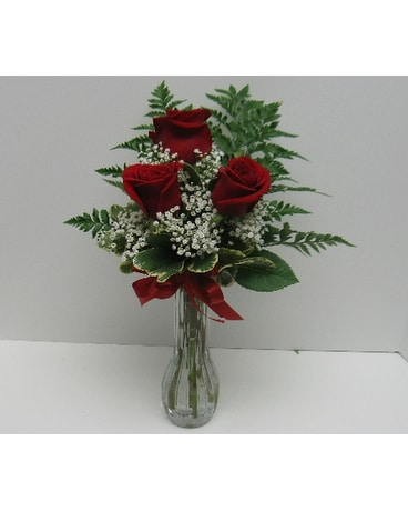 Red Roses Bud Vase In Waverly Ny Jaynes Flowers And Gifts