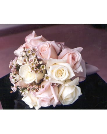 White & Pink Rose Bouquet