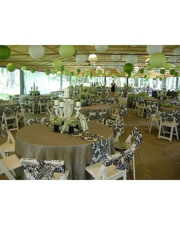 Weddings in State College PA - Avant Garden