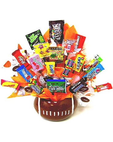 CB171 ''Rah! Rah! Football'' Candy Bouquet