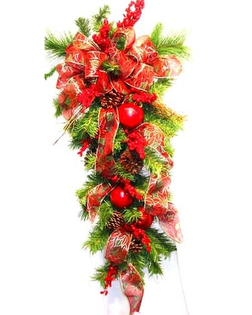 HS2228 ''Traditional Holly-Days'' Artificial Swag