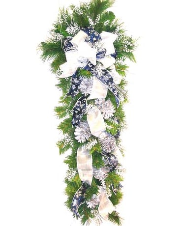 HS2385 ''Blue & Silver Holidays'' Artificial Swag
