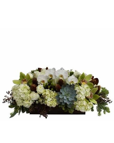Winter White and Green Elegance Flower arrangement