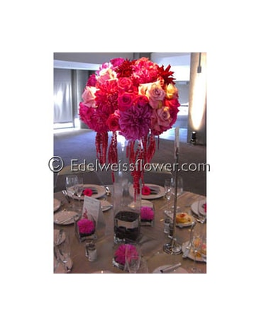 Elegant tall Modern Wedding Centerpiece