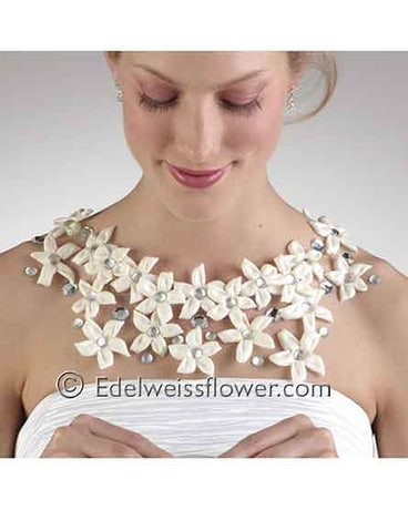 Stepanotis floral necklace
