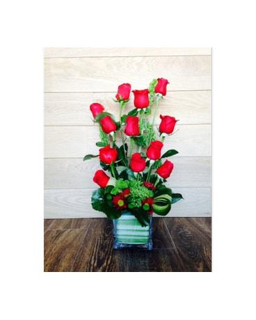 Rockville florist flower delivery by flower gallery 12 free style roses mightylinksfo