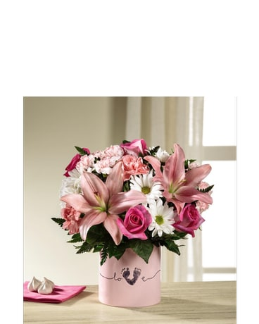 Tiny Miracle™ New Baby Girl Bouquet Delux