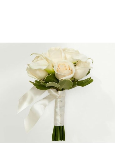 Ivory Inspirations Petite Bouquet