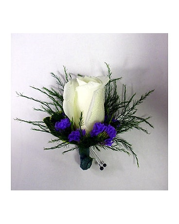 White Rose & Purple Statice Bout.