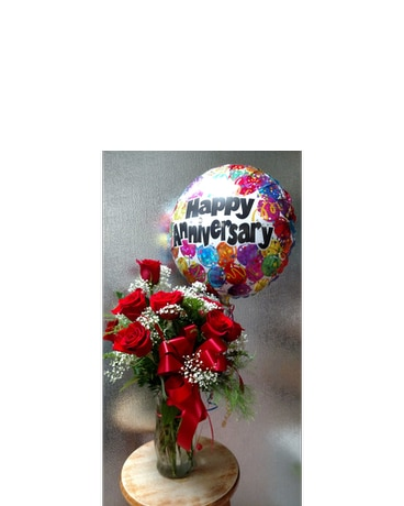 Lavish Red Roses (choice of Balloon)