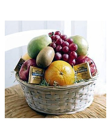 The Thrifty Fruit and Chocolate Basket