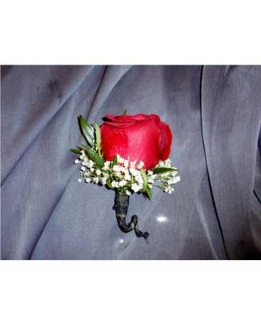 beautiful rose boutonniere
