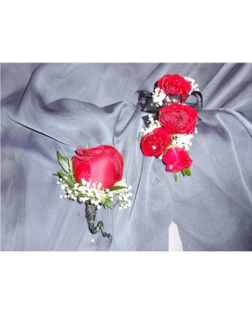 corsage and boutonniere combo