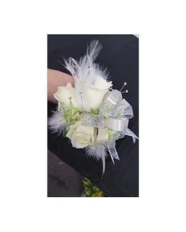 Feathery White Corsage