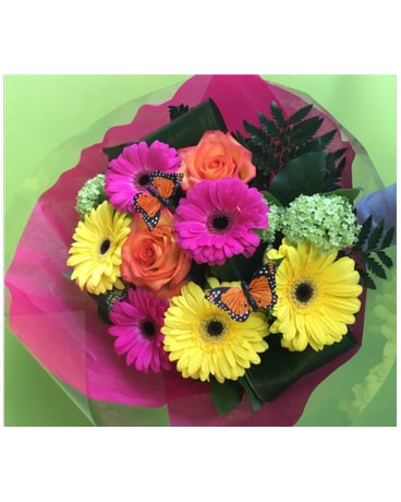 Gerberas and Roses Handtied
