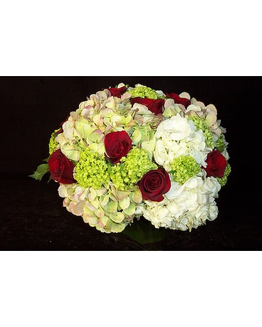 Red Roses & White Hydrangeas Combo