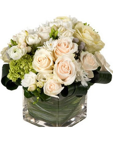 Romantic Compact Square Vase