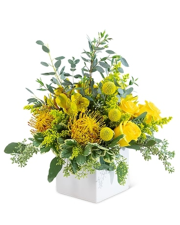Grand Radiance Flower Arrangement