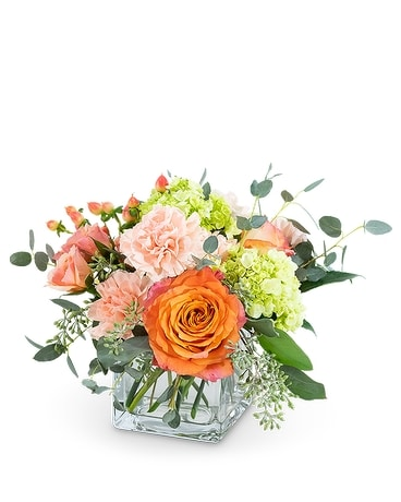 Peachy Sweet Flower Arrangement