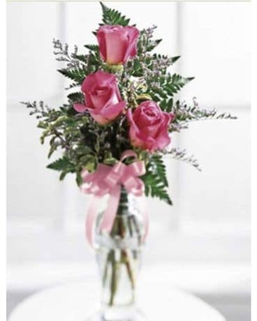 A Small Rose Bouquet Flower Arrangement