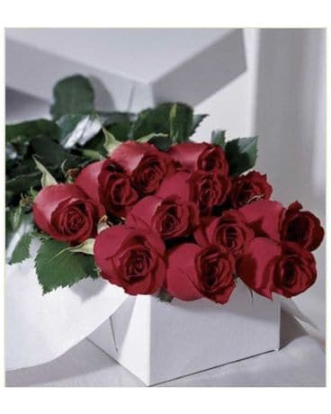 Boxed Large Velvet Red Roses Flower Arrangement