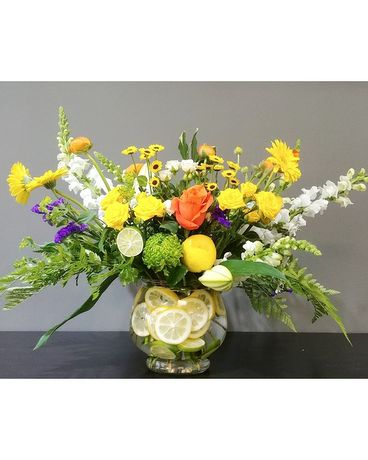 Floral bay Summer cocktail Flower Arrangement