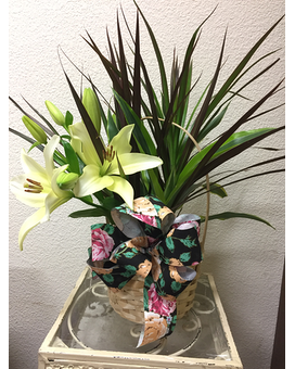 Custom Flower Arrangement